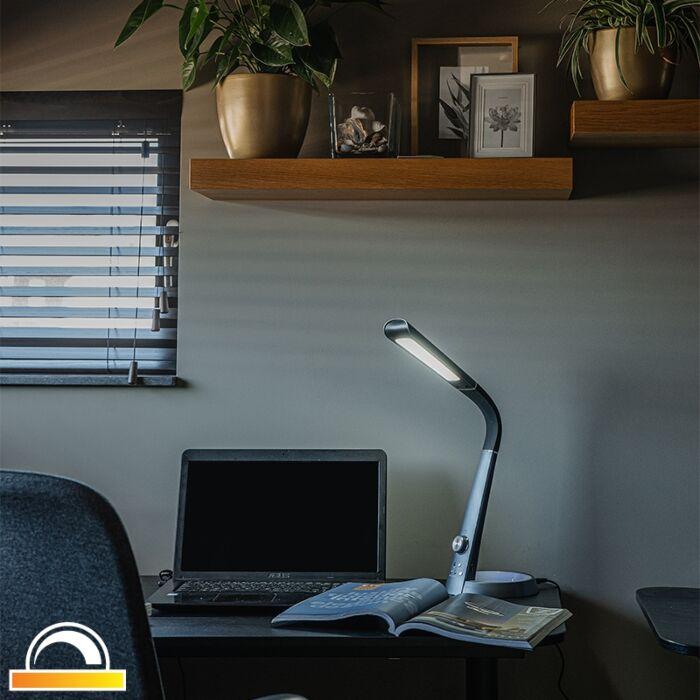 Stolna-svjetiljka-crna-s-LED-RGBV-i-USB-vezom---Manuel