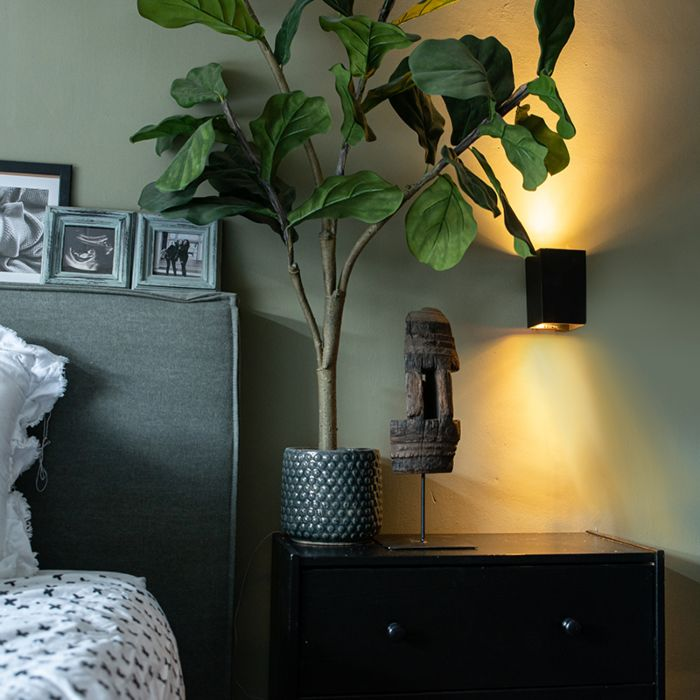 Moderna-zidna-svjetiljka-crni-kvadrat---Sandy